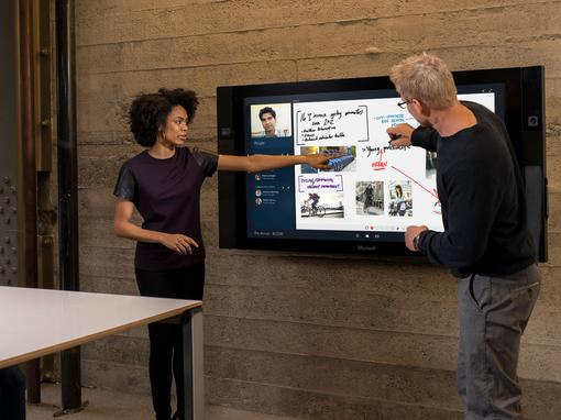 Microsoft Surface Hub – BIS installs the first solutions in Western Europe